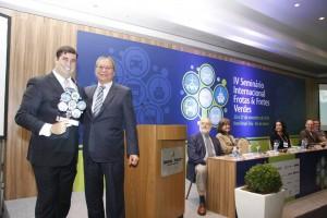 Entrega do Troféu FFV 2015 - Empresa com Sustentabilidade em Processos (para a Gasmig)